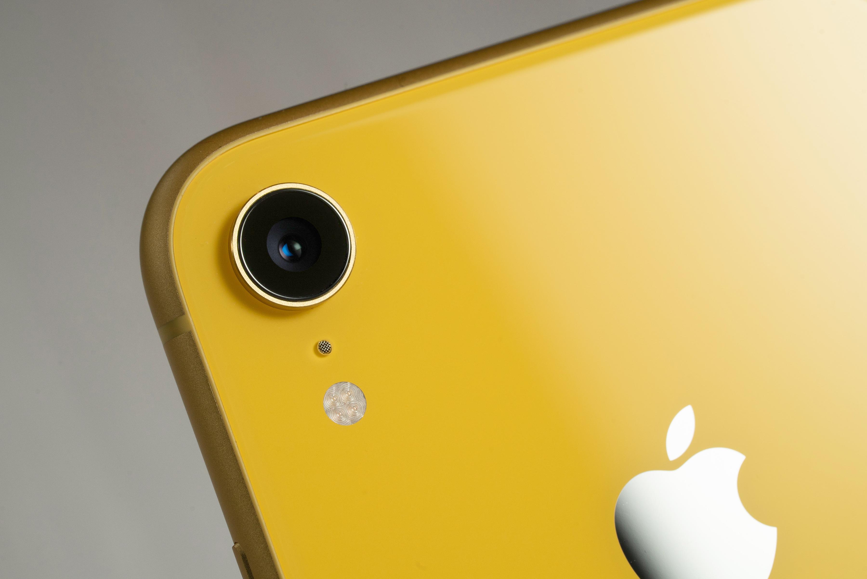「iPhone XR」の「R」の意味についてApple役員が語る